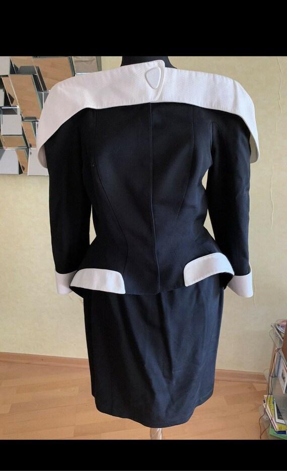 WANTED!!! Thierry Mugler jacket blazer - image 2
