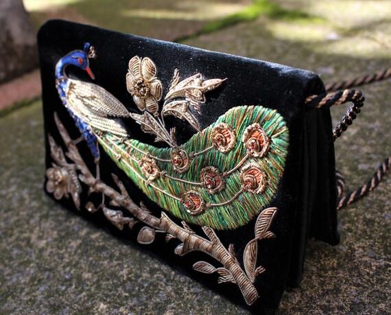 1960's Peacock Embroidered Velvet Evening Bag - Za