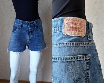 dd460a7046 Vintage Classic Levi Strauss Jeans Shorts Levis 512 W34 jeans, Straight leg  Grunge 90's denim Women's levis Shorts Men's levis Levis butts