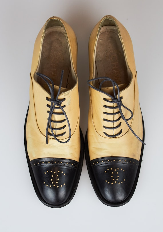vintage Chanel two-tone beige black CC logo shoes