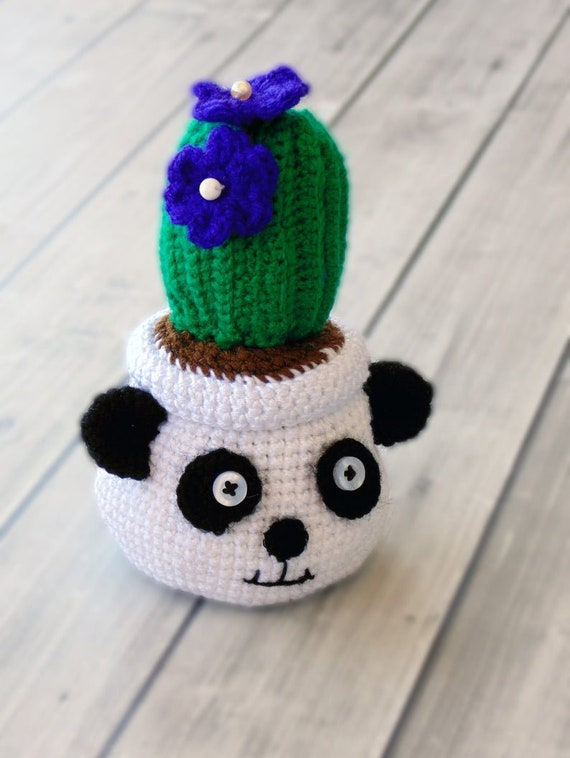 Crochet a Frida Kahlo Amigurumi Flower Vase … It Transforms From ... | 758x570