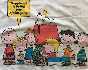 a78b0656fe 4 Piece Full size sheet set - Vintage 1971 Peanuts Snoopy Charlie Brown 2  Pillowcases Flat Fitted Happiness is Schultz