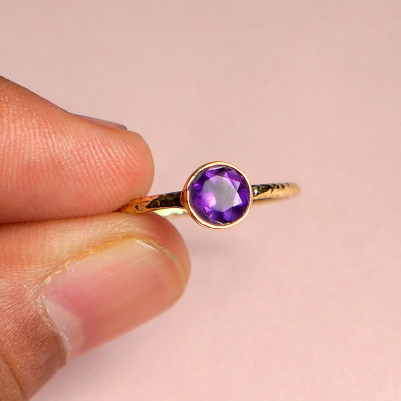 Natural Gemstone Minimalist Ring Handmade Gold Ring Amethyst Solitaire Ring 14K Solid Gold Ring Gifts for Her Round Cut Amethyst Ring