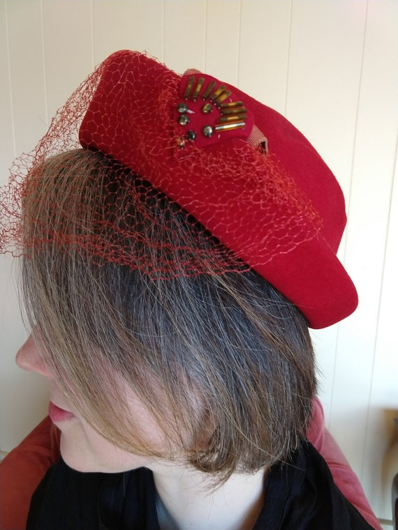 40's classic hat, red wool hat, 40's hat with veil