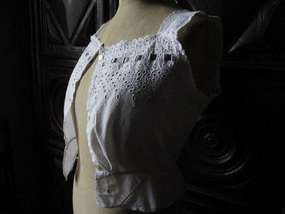 Antique corset cover. Historical costume. White co
