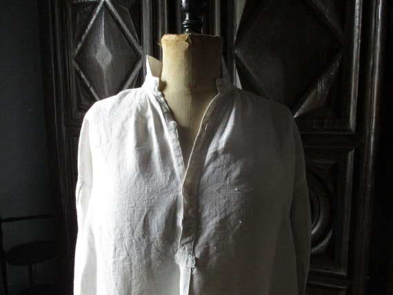 Handmade antique linen nightshirt. Re-enactment. V
