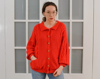 Red retro cardigan Vintagelined sweater 80's chunky collared Gold Buttons up down pockets oversized L