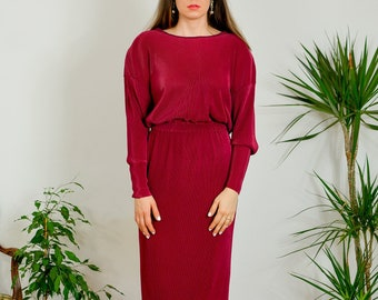 Burgundy evening dress Vintage minimalist red party dress maxi ankle length padded shoulders long sleeve M/L