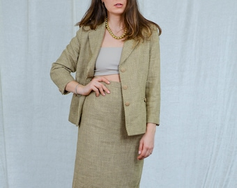 Beige skirt suit vintage 80s sandy yellow two piece set rattan long sleeve secretary L Large