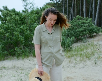 Linen shirt short sleeve vintage green collared top button up down summer minimalist L Large