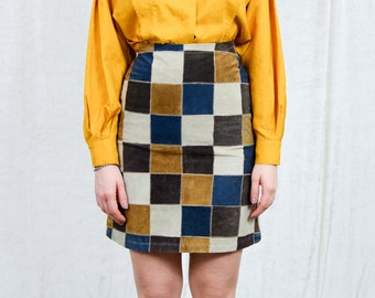 Patchwork leather skirt vintage 90s checkered chessboard high waist XS