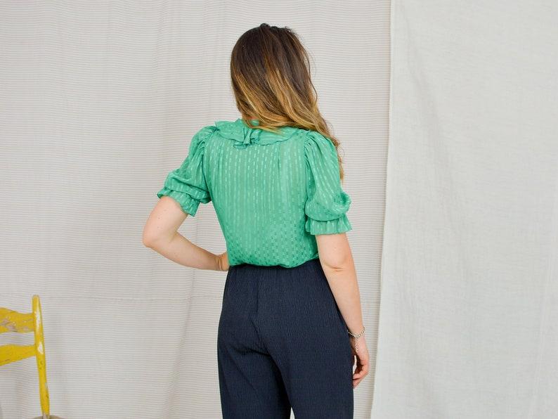 Green shirt Vintage 80/'s ruffle women metallic top bright blouse short sleeve puffy sleeve SM