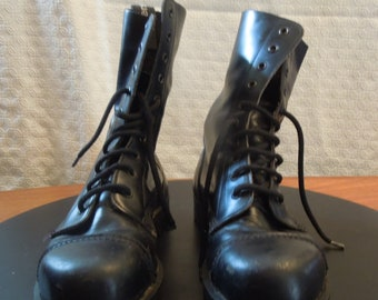 86082599e7c Rangers Vintage steel toe leather 10 hole combat   goth boots