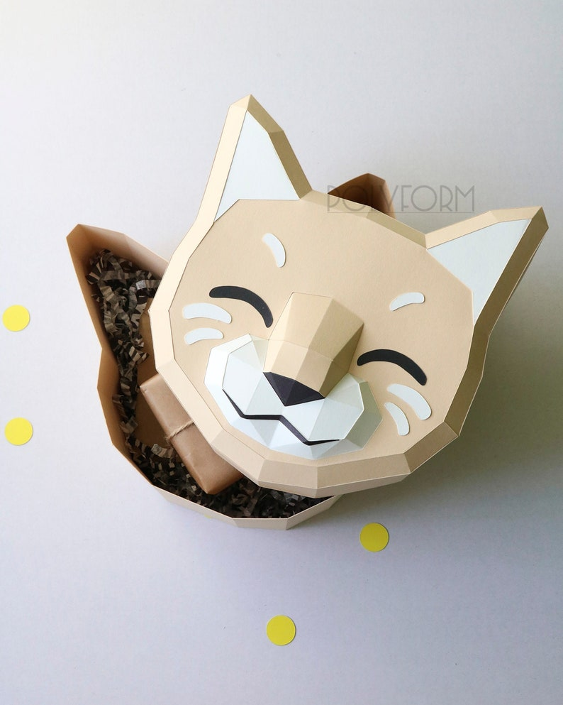 Gift box Cat Low Poly Papercraft PDF template image 0