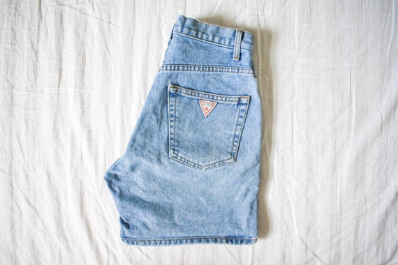 vintage high waist Guess jean shorts | medium ligh