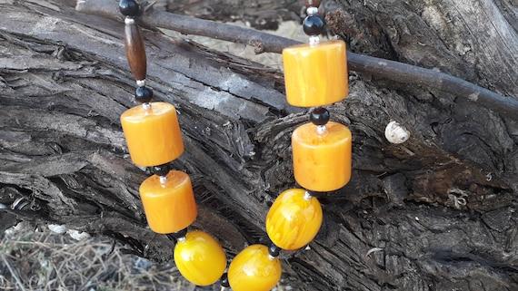 Bakelite necklace,honey amber bakelite necklace