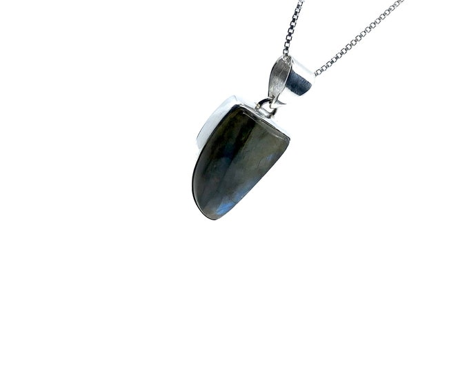 Labradorite necklace  labradorite meaning  gift for mom  gift for her  gift for wife  blue flash stone, sterling silver, labradorite jewelry