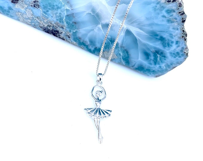 Dainty sterling silver ballerina pendant necklace Fine jewelry 925 sterling silver Simple necklace Leaf necklace Gift for her Dainty jewelry