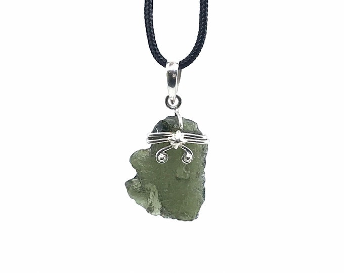 Moldavite 925 sterling silver adjustable cord necklace Handmade necklace Moldavite meaning One of a kind necklace Fine jewelry Forrest green