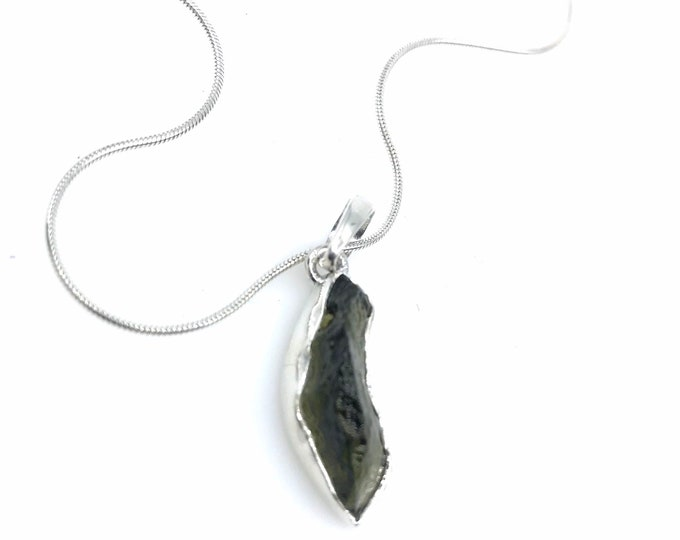 Freeform Moldavite silver pendant  925 silver moldavite pendant moldavite meaning metaphysical jewelry elegant necklace,healing jewelry
