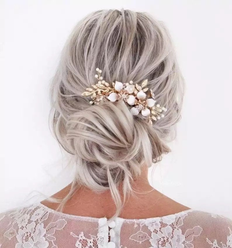Pearl Flower Bridal Hair Comb Women Wedding Hair Accessories Golden Hair Comb Hair Jewelry Bride Hair Comb Clip,Hairband,bridesmaids gifts