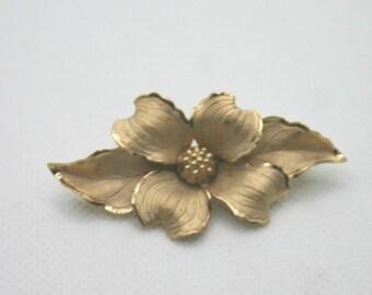 Vintage WELLS Brooch Pin - Gold Flower 12K Gold Filled