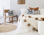 Hot selling Beautiful Moroccan Pompom Blanket,Moroccan Hand loomed Pom Pom blanket,Thrwo,bedcover,sofa cover