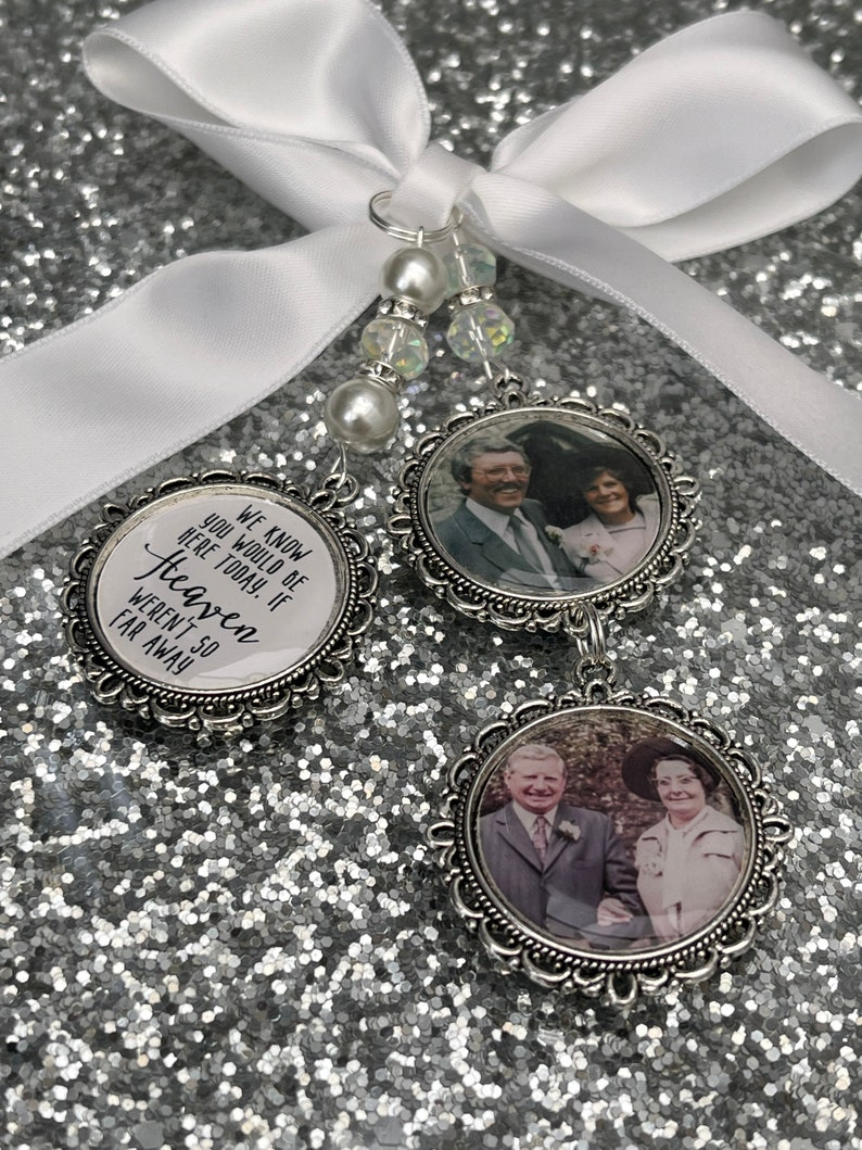 We know you would be here if heaven weren/'t so far away.Loving memory memorial charm locket brooch.Personalised with any photo.bride,wedding