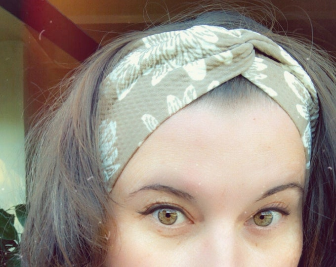 Beige White Flowers Knotted Headband, Turban Headband, Fabric Headband, Sports/Yoga headband, Mother's Day Gift, Women's Gift
