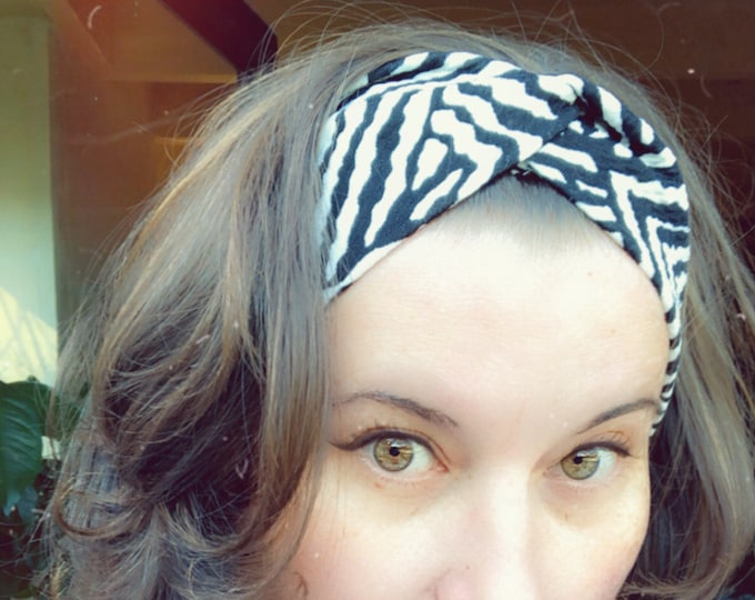Black and White Geometric Knotted Headband, Turban Headband, Fabric Headband, Sports/Yoga headband, Mother's Day Gift, Women's Gift