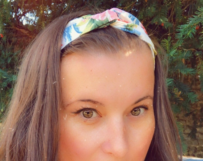 White with Flowers Knotted  Elasticated Headband, Turban Headband, Fabric Headband, Mother's Day Gift, Women's Gift