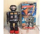 Vintage Horikawa Tin Robot Rotate-O-Matic Super Astronaut with Box