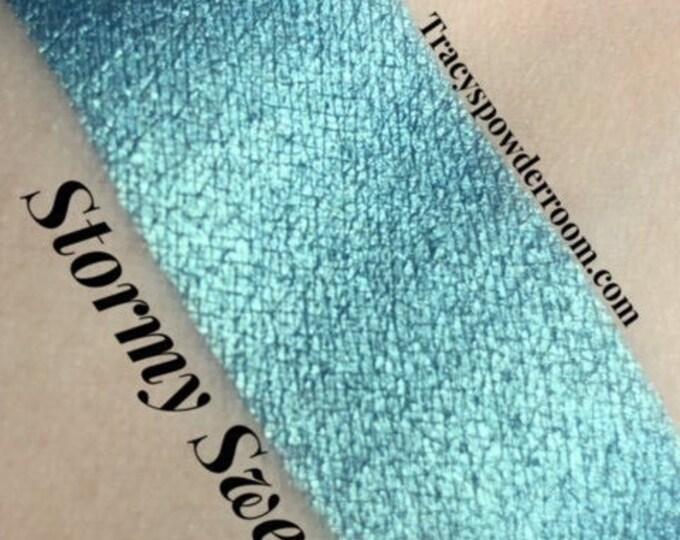 Stormy Sweetpea Pressed Pigment/Eyeshadow