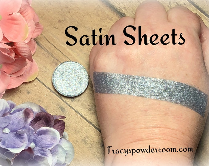 Satin Sheets Pressed Pigment/Eyeshadow, vegan, cruelty free, magnetic