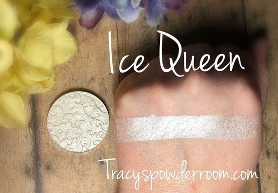 Ice Queen Pressed Highlighter, vegan, cruelty free, magnetic