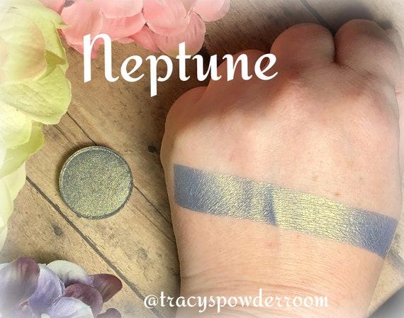 Neptune Pressed Pigment/Eyeshadow, vegan, cruelty free, magnetic