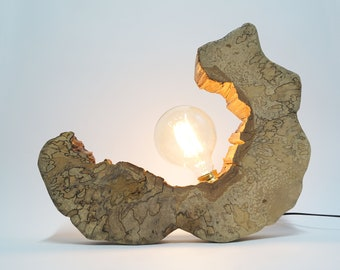 Wooden lamp with an exceptional structure, bulbs included