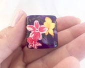 Vintage lucite ring, resin floral ring, chunky retro plastic ring, rockabilly jewelry, uk size p, 60s flower power jewelry, xmas gifts