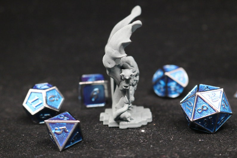 Tabletop Starfinder DnD RPG Dungeons and Dragons WINGED DEMON Mace /& Shield Pathfinder