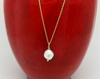 Natural pearl necklace, natural pearl pendant, genuine pearl, gold necklace, pearl necklace, dainty necklace, minimalist necklace, delicate