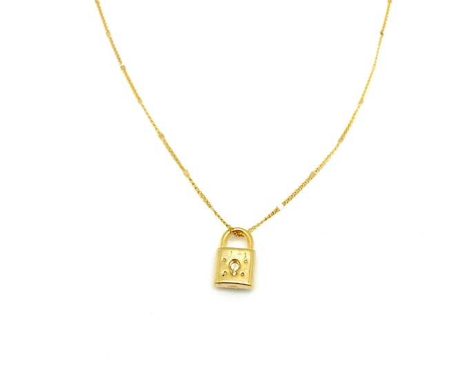 Gold lock charm, gold padlock, gold filled chain, everyday necklace, layer necklace, delicate necklace, gift for her, gift for mom,