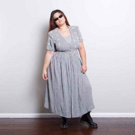 Vintage Gingham Daisy Dress