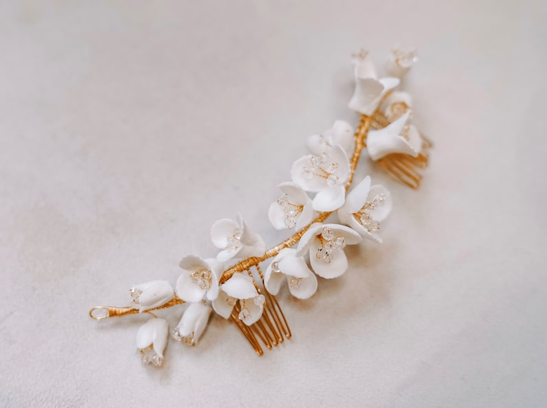 Style Sugar Headpiece and Earrings Ophelia White Porcelain Flowers Hair Comb Bridal Jewelry Wedding