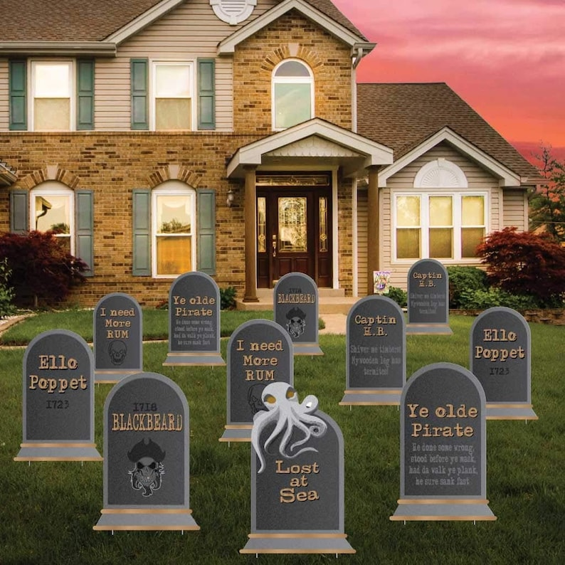 Famous Pirates / Pirate Sayings Tombstones   Halloween Yard Decoration    Set Of 11!
