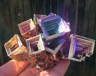 0.77LB Rainbow Bismuth Ore Geode Crystal Quartz Titanium Mineral Point,Home Decoration,Crystal healing,Crystal Collection,Mineral Samples