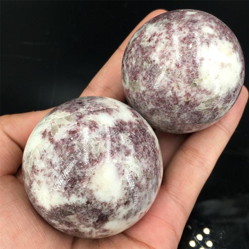 Lepidolite Quartz Sphere Crystal Ball,Rock,Stone,Jewelry,Divination ball,Home Decoration,Mineral Specimen,Reiki Healing 1pc 50mm 180g