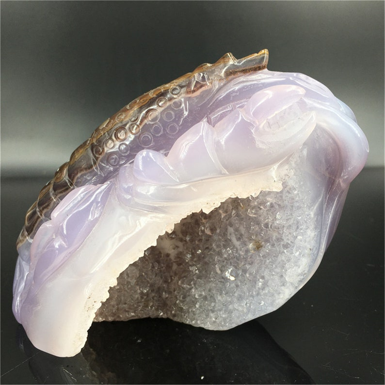 1.34LB Natural Quartz Crystal Agate Lobster,Crystal healing,Rock,Crystal Carving,Home Decoration,mineral specimens,Palm Plaything 1pc