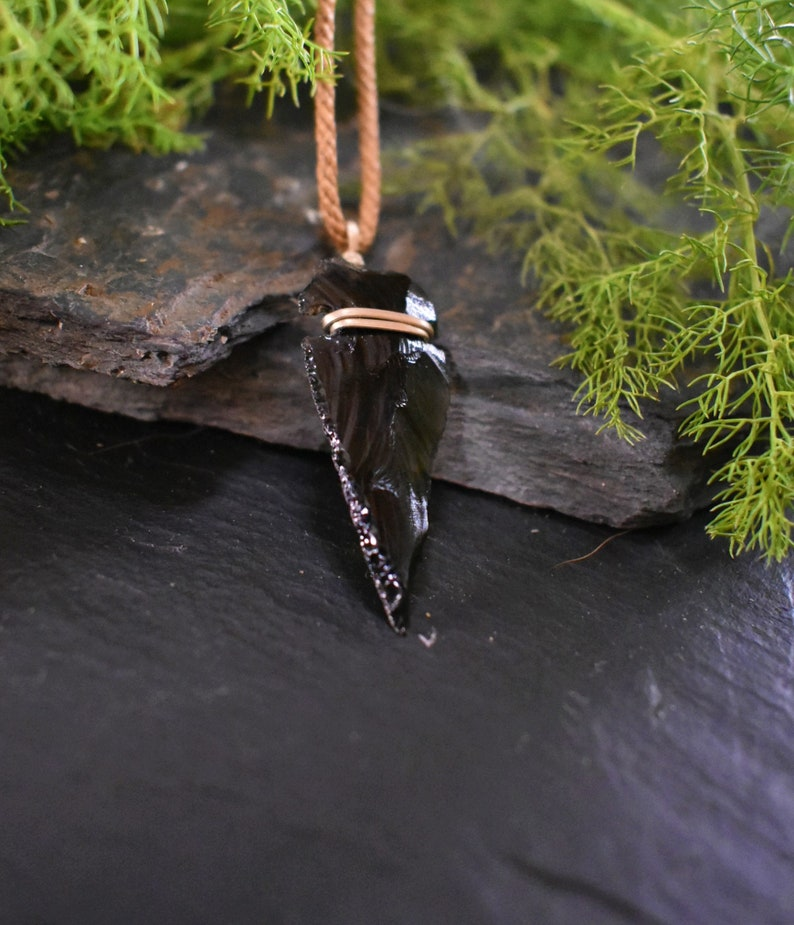 Statement jewelry Boho style Statement necklace Gift for her Dainty necklace Black Obsidian arrow head necklace Healing stone