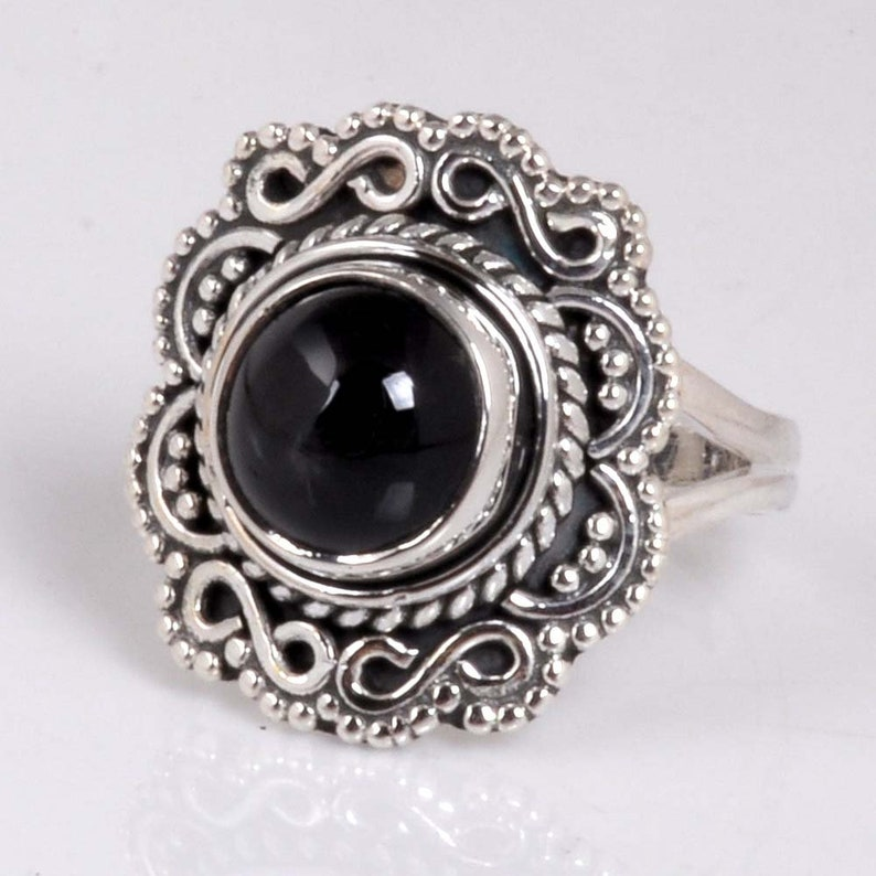 Forever Beautiful Jewelry 925 Sterling Silver Cab Round Black Star Antique Elegant Ring Best Price !