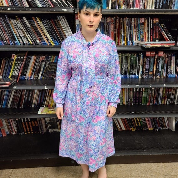 Vintage Pastel Floral 70s Cottage Core House Dress